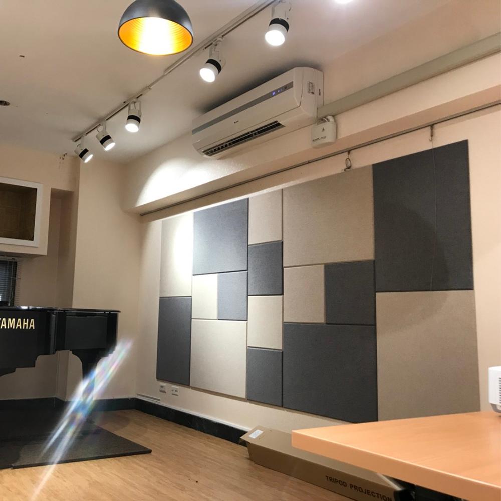 吸音板琴房或音樂教室